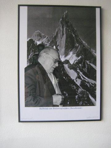 Kalkriese am Baltorogletscher – Portrait Ernst J., 2000/2010