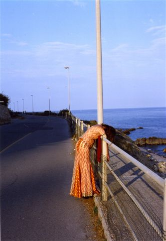 Tina Bara – Hochzeit – hängend